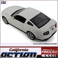 Ford MUSTANG GT 5.0 Branco - California Action - 1/32