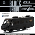 BLACK BANDIT - 1986 Fleetwood Bounder - Greenlight - 1/64