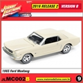 1965 - Ford Mustang Beje - Johnny Lightning - 1/64