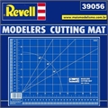 CUTTING MAT  305 x 220 mm - 39056 Revell