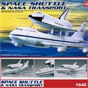 Space Shuttle and NASA Transport B 747 Carrier - Academy - 1/288