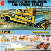 Construction Bulldozer and Lowboy Trailer - AMT - 1/25