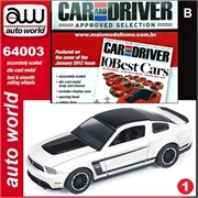 2012 - Ford MUSTANG Boss 302 Branco - Auto World - 1/64