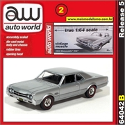 1966 - Oldsmobile 442 Prata - Auto World - 1/64
