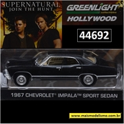 GL HOLLYWOOD - 1967 Chevrolet Impala Sort Sedan - Greenlight - 1/64