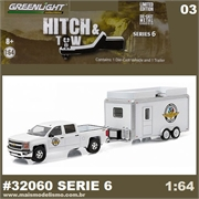 2015 Chevrolet Silverado 1500 and Trailer - Greenlight Hitch and Tow - 1/64