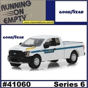 2016 - Ford F-150 GOODYEAR Pickup - Greenlight - 1/64