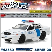 HP 26 - 2011 Ford Crown Victoria Homeland Police - Greenlight - 1/64