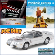 GL HOLLYWOOD  4 - ROBBYS 1979 Pontiac Firebird T/A - Greenlight - 1/64