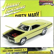 1969 - Dodge Charger R/T Dirty Mary - Johnny Lightning - 1/64